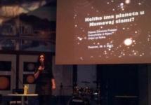 Koliko ima planeta u Kumovoj slami?